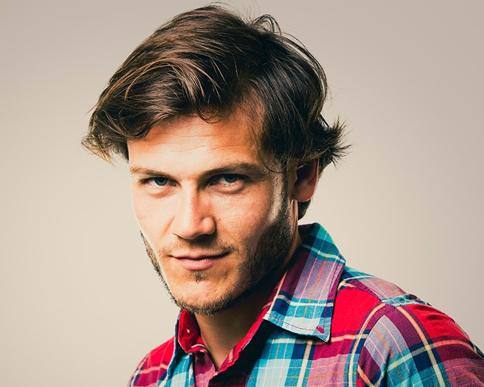 Wavy-Mens-Hairstyle